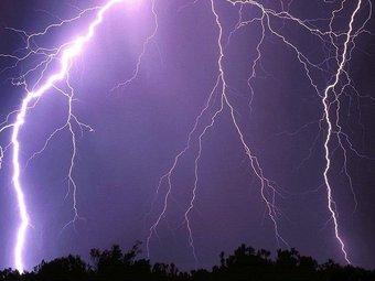 В Оренбургской области женщину убило молнией